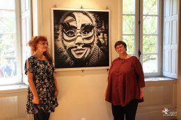 Fabienne Cresens, photographe autodidacte belge et Christine Martin, adjointe au Maire de Dijon, déléguée à la culture, à l'animation et aux festivals à la ville de Dijon,