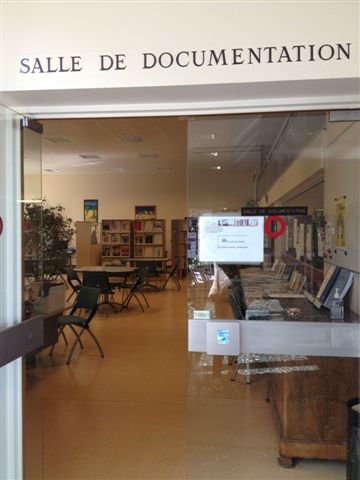 Centre de documentation-003